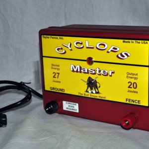 Cyclops Master Electric Fence Energizer