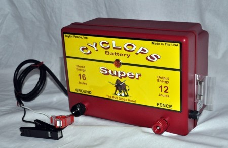 Cyclops SUPER Battery Powered Electric Fence Charger.
